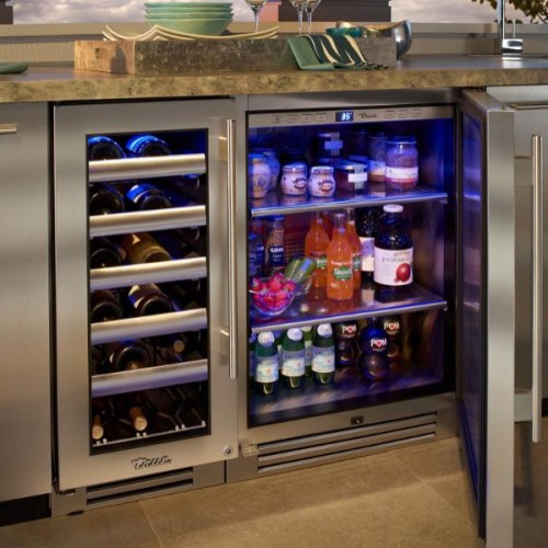 Small beverage Refrigerator